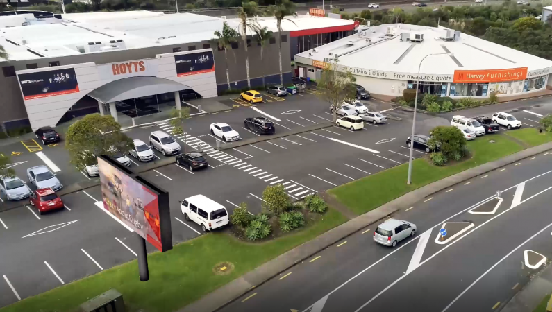 Digital Advertising Hoyts Link Drive billboard